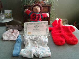 Xavier Roberts Cabbage Patch doll with clothes and Papers