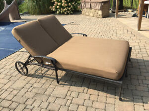 Double Chaise Lounger with Sunbrella Matress