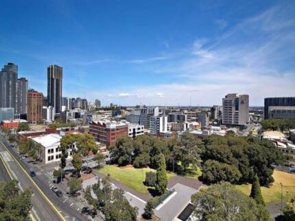 SHARE APARTMENT IN CITY CLOSE TO EVERYTHING SUITABLE FOR COUPLE Carlton Melbourne City Preview