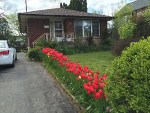 Two rooms for rent near McMaster University starting from August