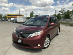 2011 Toyota Sienna XLE, Leather Sunroof,  3/Y Warranty available