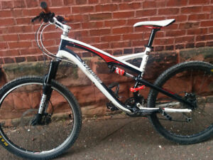 2011 Specialize Camber Mountain Bike