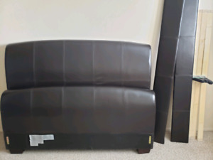 Queen Size Head/Footboard for Sale!