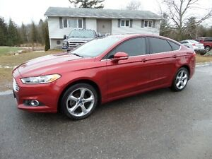 2013 FORD FUSION SEL-ONLY 31,400 KMS LIKE NEW $15,500. CERT E-TE