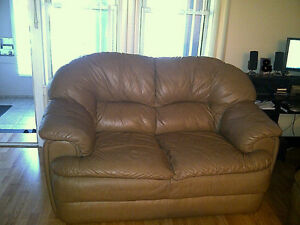 Reduced - Leather couch and love seat! Windsor Region Ontario image 1
