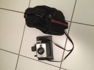 Very Old Poloraid camera 50 yrs old with case in excellent co