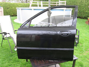 Porte coté conducteur de Mazda Protege 1999 2000 2001 2002 2003