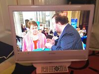 "22"" E-MOTION LCD HD TV DVD FREEVIEW BUILT IN"