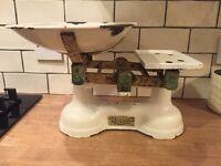 Retro / vintage Harrods metal kitchen scales