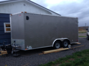 2016 16x8 0nly 0ne trip calgary to moncton excellent condition.