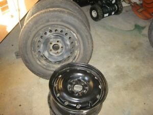 16 Inch  NISSAN  RIMS  & 215/70/R16 Winter TIRES