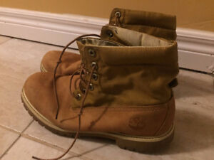Mens leather timberland boots (Good Used Condition). UK Size 10.