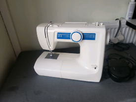 TOYOTA Sewing machine - collect