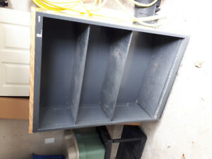 Free shelving unit