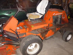 Wanted Jacobsen T422D lawn tractor for parts