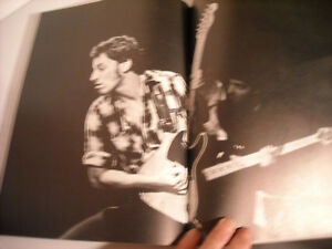Springsteen - Soft Cover Book by Robert Hilburn & Howard Klein Peterborough Peterborough Area image 5