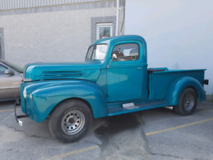 1947 Ford on 1987 Chevy pickup frame