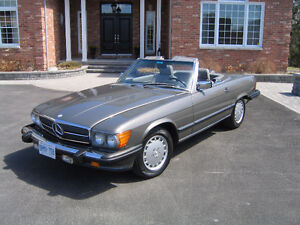 Fully Reconditioned Mercedes 560SL Sports Car For Sale