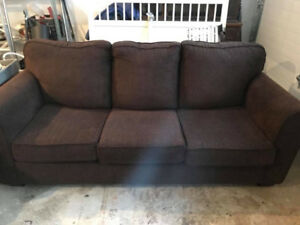 Bed chesterfield like new