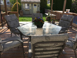Summer Patio Set - Table; Chairs; Cushions