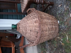 Antique wine jar with wicker West Island Greater Montréal image 2