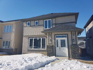 ****NEW BRIDGWATER TWO STOREY ONLY 389,900 OPEN FOR OFFERS****