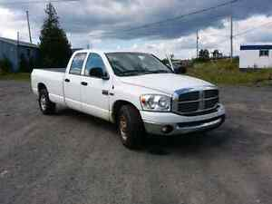 2008 Dodge RAM 2500 Heavy Duty/Long Bed/Quad Cab SLT
