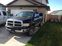 MAKE AN OFFER 2005 Dodge Ram 2500 SLT Pickup Truck