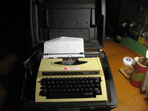 Brother profile electric 12 typewriter with case