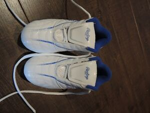 soccer shoes Rawlings size 13