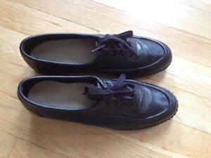 Size 6 black leather shoes $18