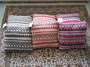 MULTICOLOR CUSHIONS PILLOWS (SET OF 6) - $75 FIRM London Ontario image 5