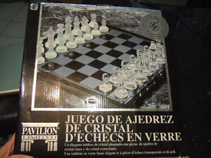 new pavilion limited edition crystal glass chess set 12x12s