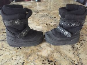 kids winter boots size 7