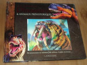 Superbe livre de dinosaures et animaux préhistoriques à volets.