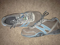 Womans size 8 steel toed shoes 125obo