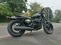 Brand new Hyosung Aquila GV 125cc Sportster motorcycle cruiser 125 commuter LC