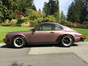 1983 Porsche 911 SC Sunroof Coupe (2 door)