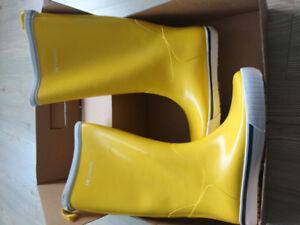 Trenton Yellow Rainboots