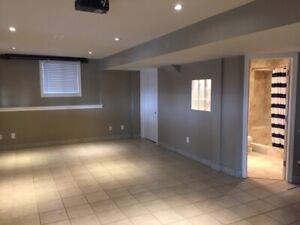 Beautiful 2 Bedroom Walkout Basement Apartment WHITBY NORTH