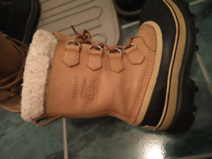 Womens Sorel Winter Boots - Size 7