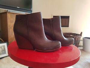 Womans Brown Leather Ankle Boots -Size 7