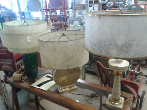 3 Vintage lamps with lampshades