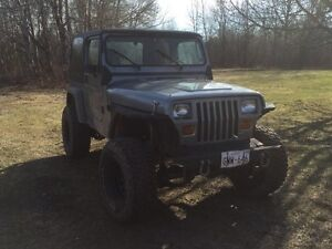 Jeep Wrangler 6cyl 5sp 4x4 on/off-road