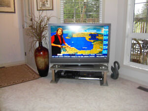 SONY TELEVISON WITH STAND