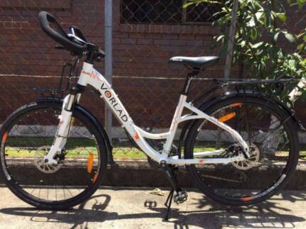 sell 100% new travelling lady bike, diskbrakes/carriers