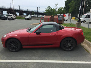 2012 Mazda MX-5 Miata Special Edition Coupe (2 door)