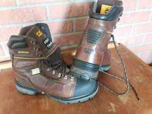 Mens Size 10 Caterpillar Work Boots