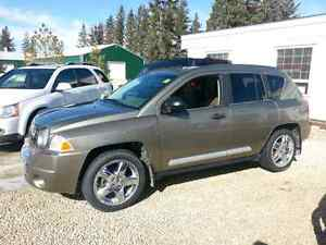 2007 Jeep Compass. 4WD 161, 000 kms. $5, 900.