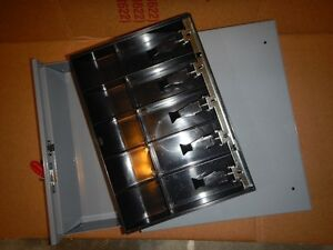Sparco™ Removable Tray Cash Drawer